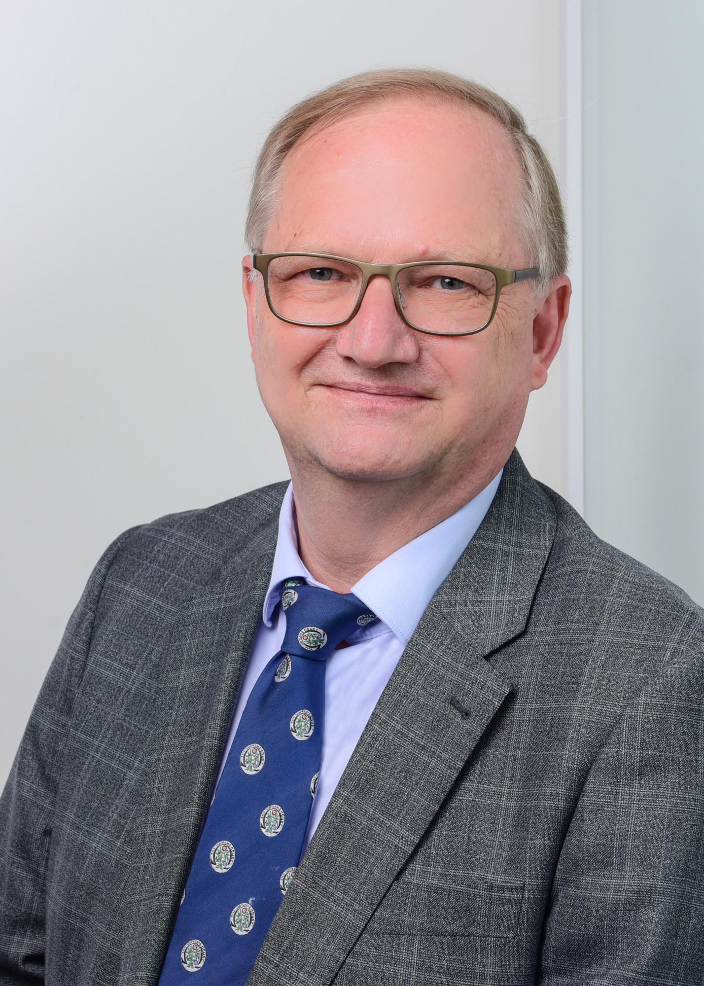 Prof. Dr. Heinrich de Wall